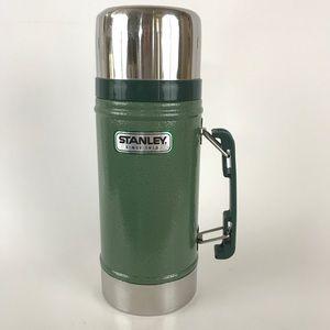 Stanley Thermos 24 oz Vacuum Sealed